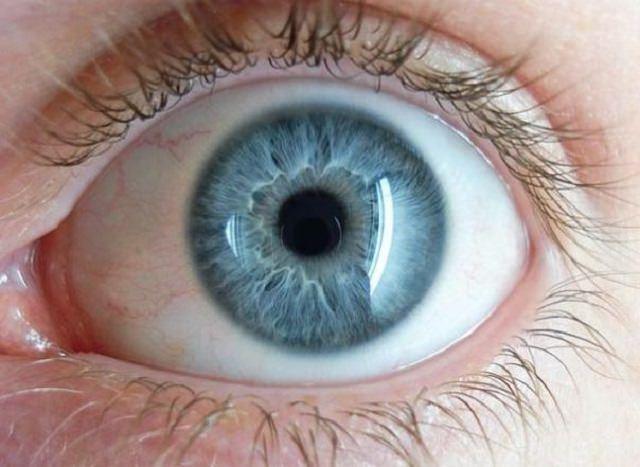 Ojos Azules: ¿A qué se deben y cuál es su origen?